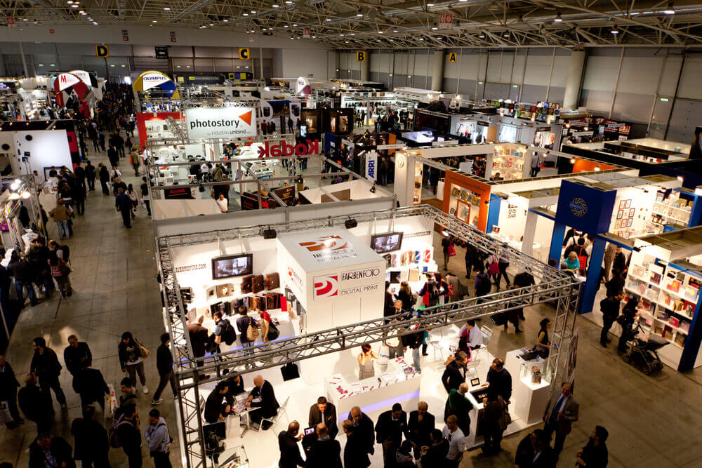 8 Expert B2B Sales Tips to Rock Your Next Trade Show