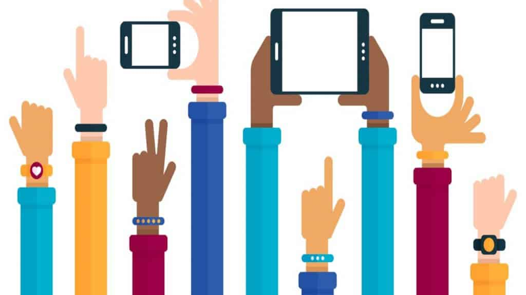 hands holding mobile devices showing field sales software